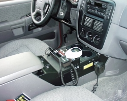 2002-2005 Ford Explorer Vehicle Console